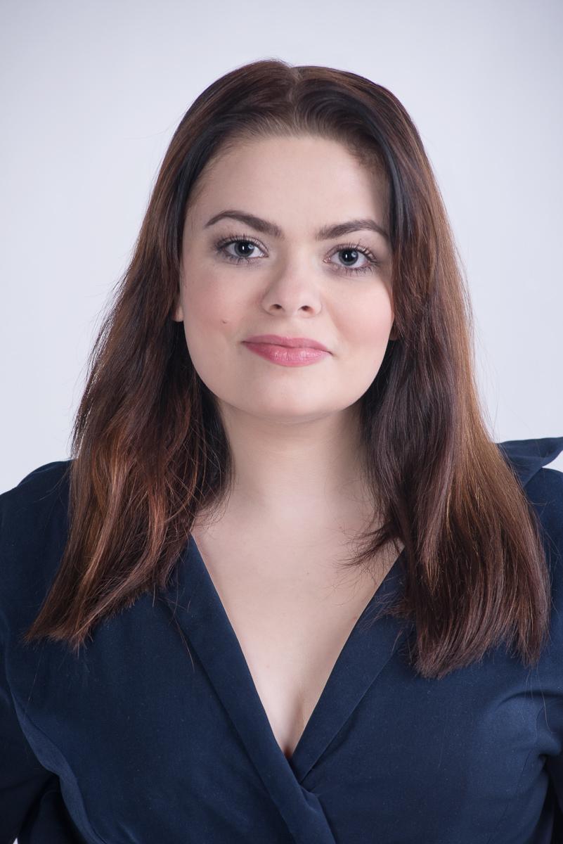 sara brych młoda aktorka
